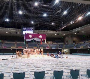 大相撲川崎巡業 土俵に集まる力士の方々